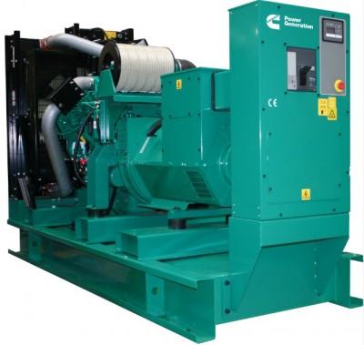 Дизельный генератор Cummins C300D5 с АВР